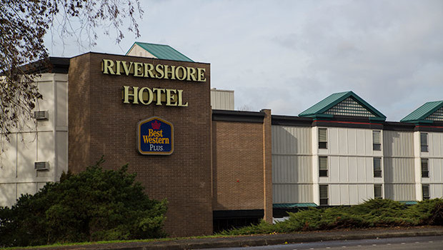 Rivershore Hotel on the Willamette River