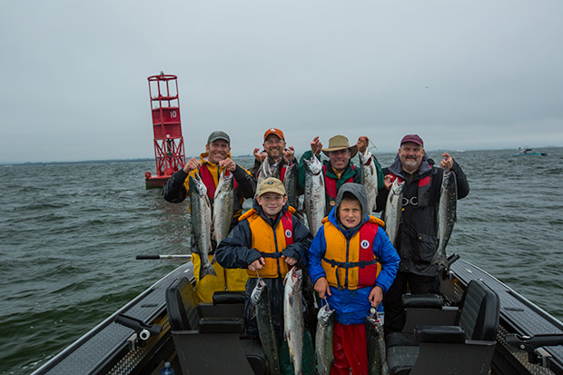 Buoy 10 salmon fishing mayhem lance fisher fishing for Salmon fishing season oregon