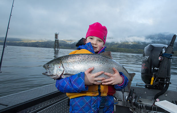 A sweet little girl with a nice Columbia River Spring Chinook